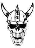 在盔甲北欧海盗的头骨 免版税库存照片