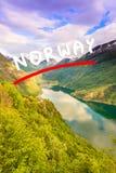 在盖朗厄尔峡湾的看法从Flydasjuvet观点挪威 免版税库存照片