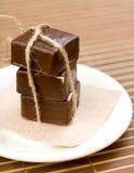 在盘的巧克力甜点 库存图片