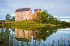 在盛夏光的城堡 免版税库存图片