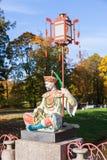 在盛大中国桥梁的雕塑在亚历山大公园, Tsarsk 免版税库存照片