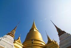 在盛大宫殿的Stupa 免版税库存图片