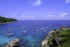 在相似的海岛海湾的美好的鸟瞰图  免版税图库摄影