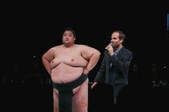 在相扑寿司搏斗的展示的阎罗王在WaMu剧院 库存照片