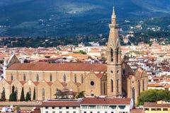 在看法大教堂三塔Croce上在佛罗伦萨市 库存照片