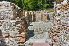 在看法里面Diocletianopolis, Hisarya,保加利亚镇古老热量浴  库存照片