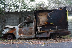 在着的火的汽车击毁 免版税库存图片