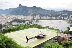 在着陆架里约热内卢的直升机 库存图片