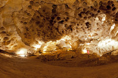 在石灰石洞里面 库存图片