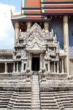 在石头的小寺庙设计 免版税库存图片