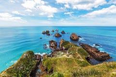 在矿块点,南岛,新西兰的岩石 免版税库存照片