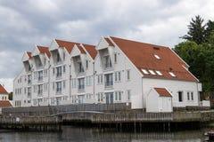 在码头的公寓 免版税库存图片