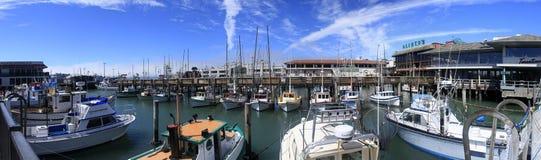 在码头的游艇 图库摄影