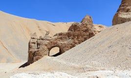 在砂岩的精美曲拱。 免版税库存照片