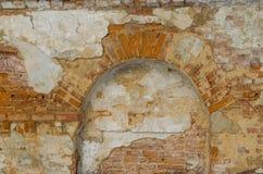 在砖墙的适当位置 库存照片