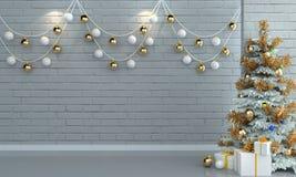 在砖白色墙壁背景的圣诞树 库存照片