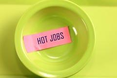 在碗的热门工作标记 免版税图库摄影