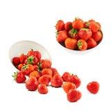 在碗的疏散草莓 免版税库存图片