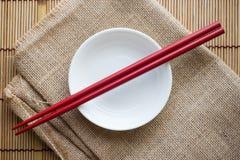 在碗的筷子 库存照片