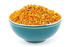 在碗的花粉粒子 免版税库存照片