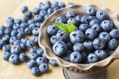 在碗的蓝莓 免版税图库摄影