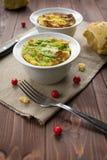 在碗的被装载的圆白菜 免版税库存图片