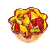 在碗的水果沙拉 免版税库存图片