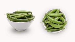 在碗被隔绝隔绝的甜中国豌豆 免版税库存照片