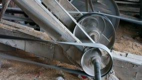在碾米机的连续齿轮 库存照片