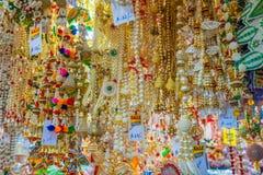 在礼品店的纪念品在一点印度,新加坡 免版税库存图片