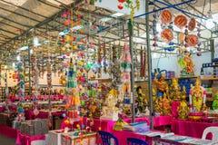 在礼品店的纪念品在一点印度,新加坡 免版税库存照片