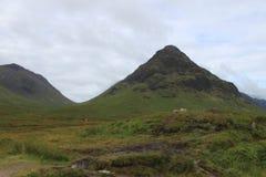 在神仙的水池的山峰, skye,苏格兰小岛  库存图片