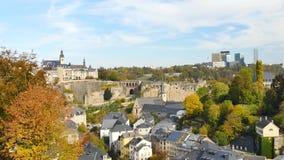 在秋天期间的卢森堡市 股票视频