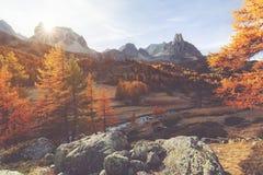 在秋天期间的Clarée谷在法国 图库摄影