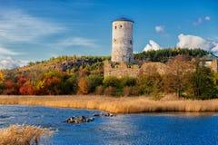 在秋天期间的Stegeborg城堡 库存照片