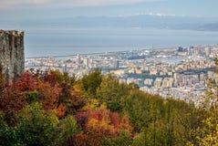 在秋天期间看的热那亚全景 图库摄影