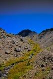 在秋天的内华达山峰顶 免版税库存照片