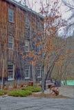 在秋天的韦克菲尔德磨房 库存照片