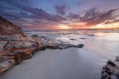在种植园的黎明天空指向Jervis海湾澳大利亚 库存照片