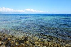 在科孚岛海岛上的海滩 免版税库存图片