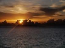 在科孚岛的五颜六色的日落 免版税库存照片