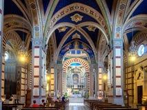 在科尔托纳顶部的圣诞老人Margherita教会在托斯卡纳 免版税图库摄影