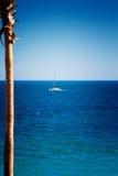 在科尔特斯海的风船  免版税库存照片