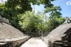在科巴,墨西哥考古学站点的状况法院  库存照片