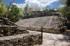 在科巴,墨西哥考古学站点的状况法院  库存图片