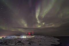 在科拉半岛的北极光 Teriberka,摩尔曼斯克雷希奥 免版税图库摄影