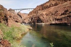 在科罗拉多水坝真空吸尘器河之下 库存照片