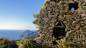 在科西嘉岛风景(法国)的废墟 免版税图库摄影
