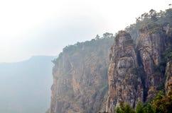 在科代卡纳尔的柱子岩石 免版税库存图片
