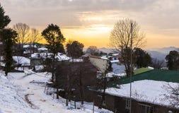 在穆里在冬天,巴基斯坦的日落 免版税库存照片